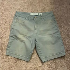 Distress fivefour shorts